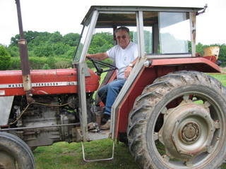 michel_et_son_tracteur.jpg