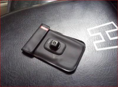 3- KLICKfix Pochette pour smartphone PHONEBAG.JPG